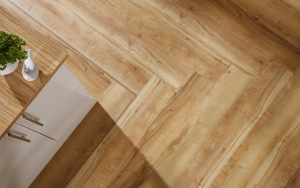 Herringbone point (Polyflor Colonia Oxford Maple)