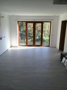 Featherby Flooring - Camaro White Limes Oak