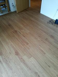 D Jones Flooring - Colonia Woodland Oak (4411)