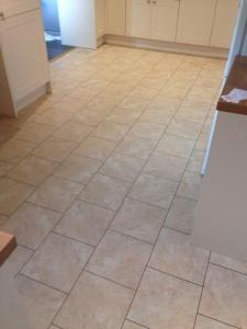 luxury vinyl tiles | polyflor at home