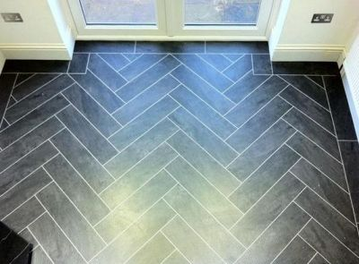 Colonia Welsh Raven Slate 4535 with Ice 2031 grouting strip in herringbone pattern (Chaseway Construction)