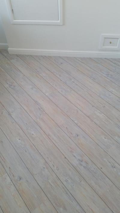 Camaro White Limed Oak 2229 (Gary Morris Flooring)