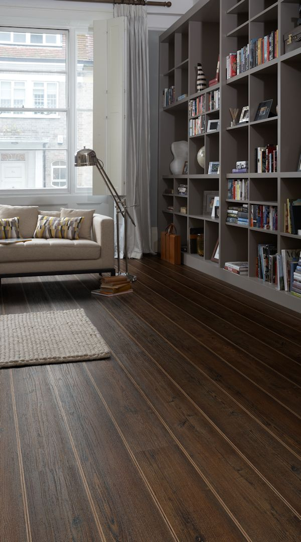 Colonia Kings Oak with Natural Oak and Walnut marquetry strips in triple strip design
