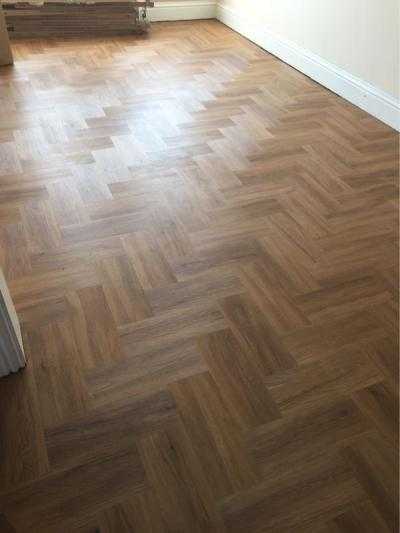 Fantasy Flooring, Colonia Schoolhouse Oak in herringbone pattern