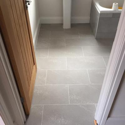 DM Flooring, Colonia Balmoral Grey Slate with Ice grouting strip