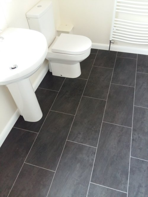 MJW Flooring, Colonia Welsh Raven Slate with Ice Grouting Strip